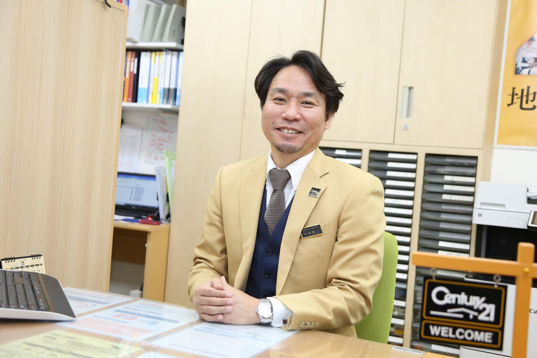 代表取締役 山本 健二